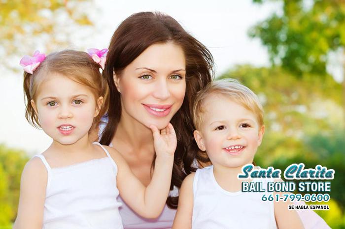 фотосет мамы с 2 детьми холодных